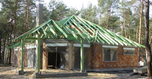 Dach z wiązarów kratowych