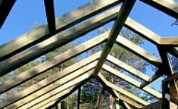 Rodzaje i konstrukcje więźby dachowej: więźba jętkowa, krokwiowa, płatwiowa