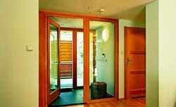 Montaż szerokich drzwi wewnętrznych - przesuwnych i rozwieralnych