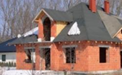 Izolacja dachu: jaka folia dachowa do warstwy wstępnego krycia