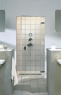 Kabina prysznicowa- odpływ liniowy