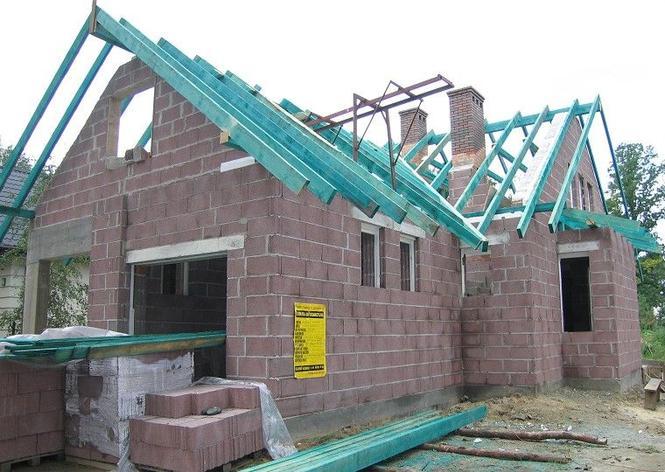 W trakcie budowy