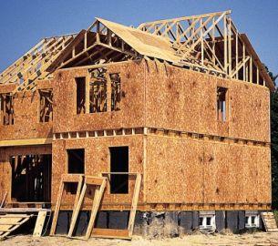 Domy kanadyjskie - szybka budowa, ale wymagająca precyzji